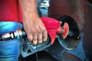 پخش بنزین یورو چهار در جایگاههای برند پترو صدف